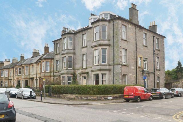 5 bed flat for sale in Rosslyn Crescent, Pilrig, Edinburgh