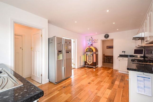 Thumbnail Detached house for sale in Nelson Close, Warley, Brentwood