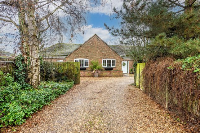 Bungalow for sale in Pipkins Close, Wistow, Huntingdon, Cambridgeshire