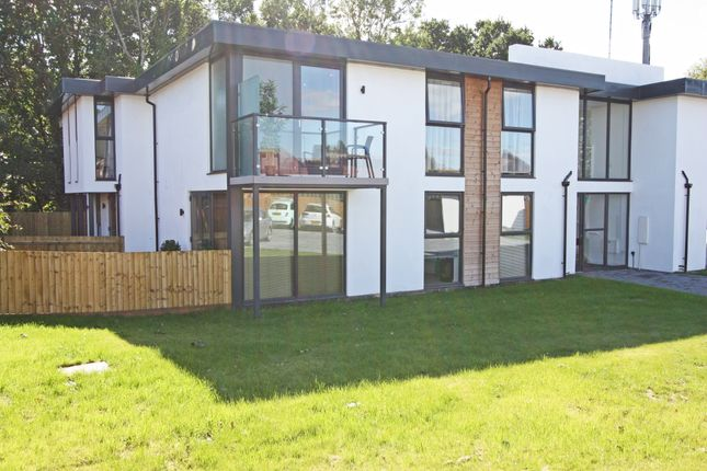 Thumbnail Flat to rent in Stow Crescent, Fareham