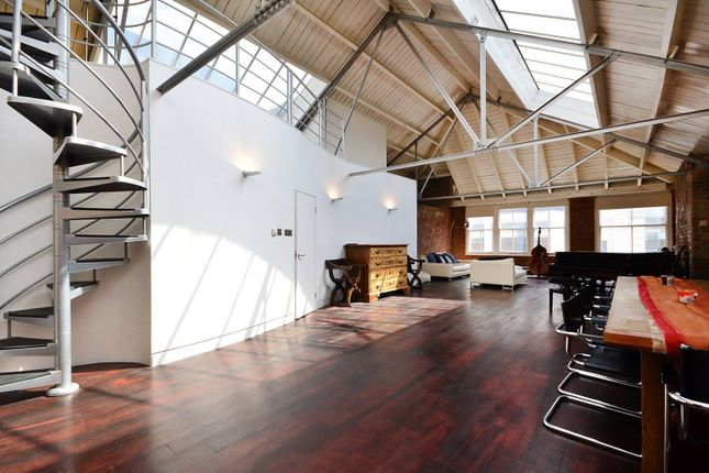 Thumbnail Flat to rent in Mallow Street, Clerkenwell