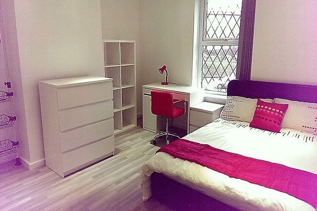 Thumbnail Property to rent in Alder Street, Huddersfield