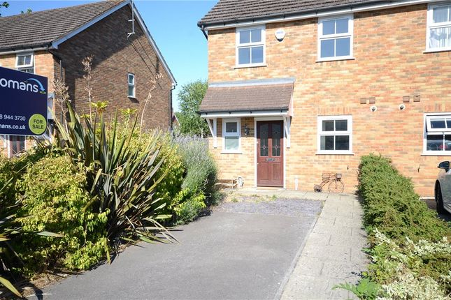 Picture No. 21 of Ladbroke Close, Woodley, Reading RG5
