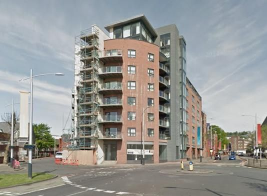 2 bed flat to rent in Excelsior, Princess Way, Swansea