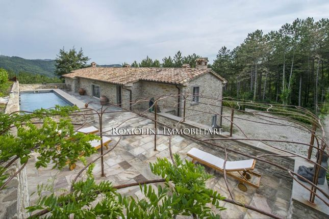 Thumbnail Villa for sale in Montone, Umbria, Italy