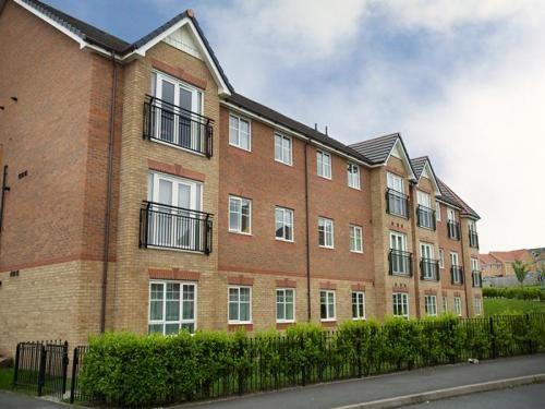 Thumbnail Flat to rent in Ingot Close, Brymbo, Wrexham