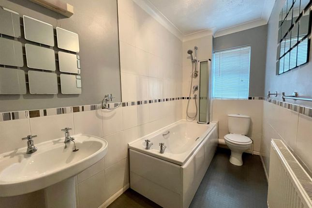 2 bed terraced house to rent in Dagless Way, March PE15