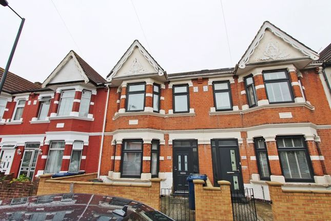 Thumbnail Terraced house to rent in Abbotts Road, Southall