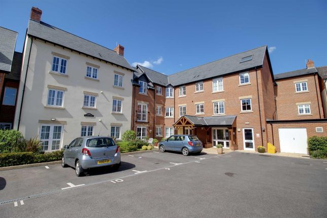 1 bed flat for sale in Daffodil Court, Newent GL18