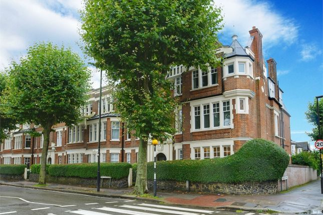 2 bed flat for sale in Leaside Mansions, Fortis Green, London