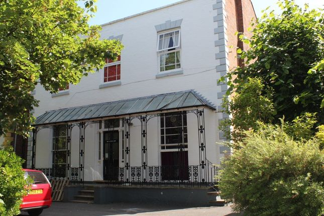 Studio to rent in St. Marys Road, Leamington Spa