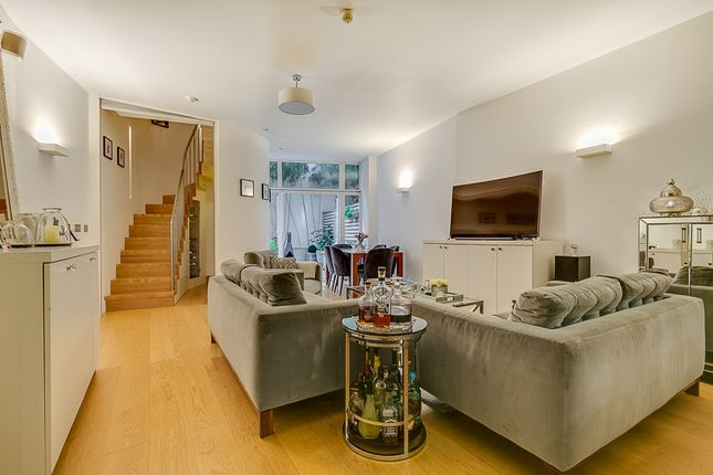 Thumbnail Property for sale in Colston Road, East Sheen, London