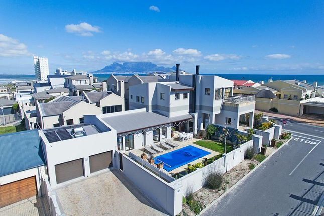 Thumbnail Detached house for sale in 20 Moolman Road, Bloubergstrand, Western Seaboard, Western Cape, South Africa