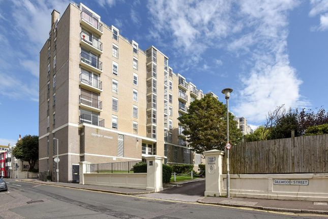 2 bed flat for sale in Sillwood Place, Brighton