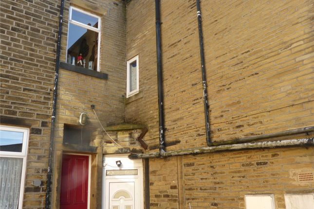 Thumbnail Terraced house to rent in Co-Operative Buildings, Wheatley, Halifax