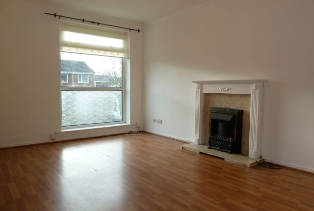 Thumbnail Flat to rent in Manston Close, Sunderland