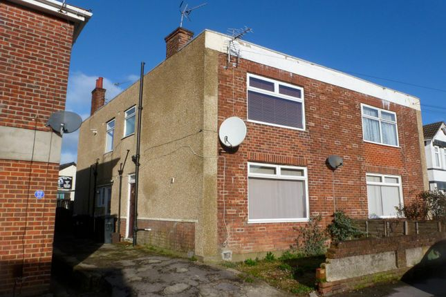 1 bed flat to rent in Bennett Road, Charminster, Bournemouth