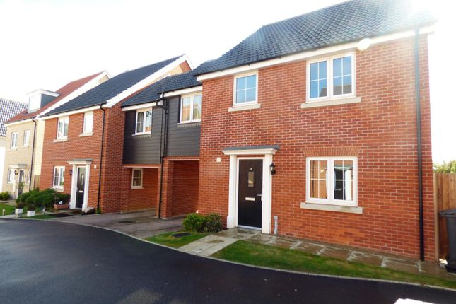 Thumbnail Detached house to rent in Hedge Sparrow Road, Stowmarket