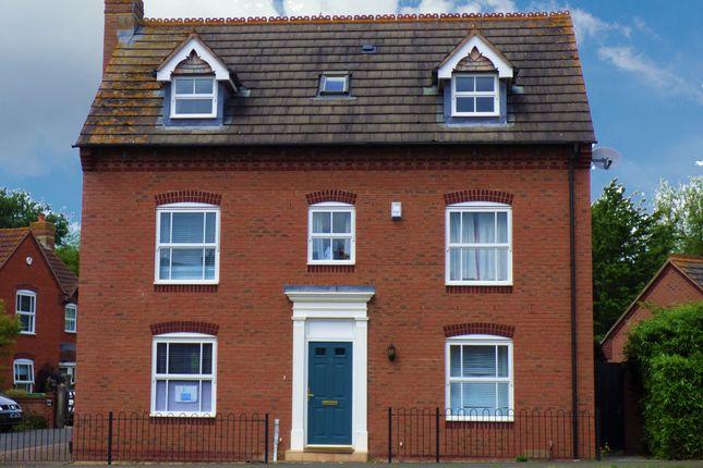 Thumbnail Property to rent in Waterleaze, Taunton