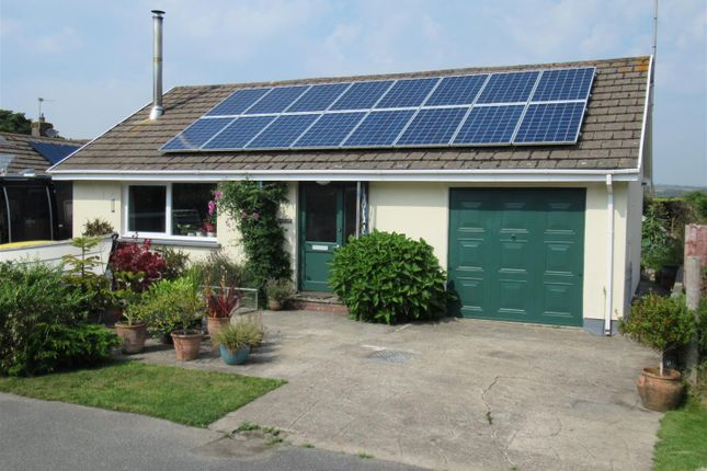Thumbnail Detached bungalow for sale in Erw Lon, Carreg Coetan, Newport