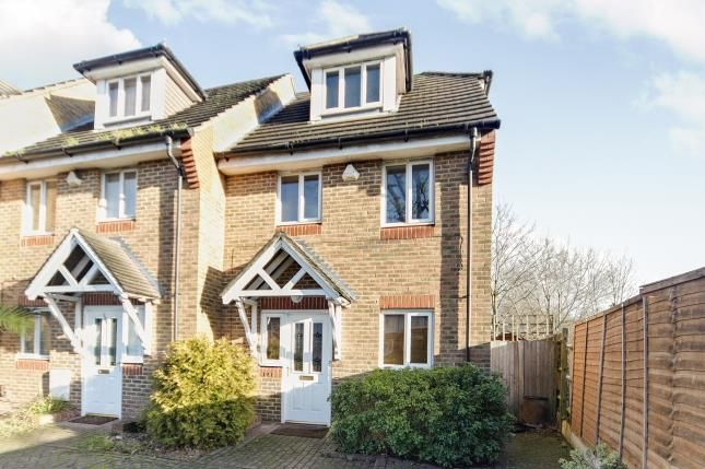 3 bed end terrace house for sale in Shirley Road, Croydon