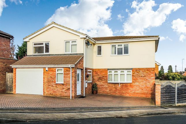 Thumbnail Detached house for sale in Park Leys, Daventry