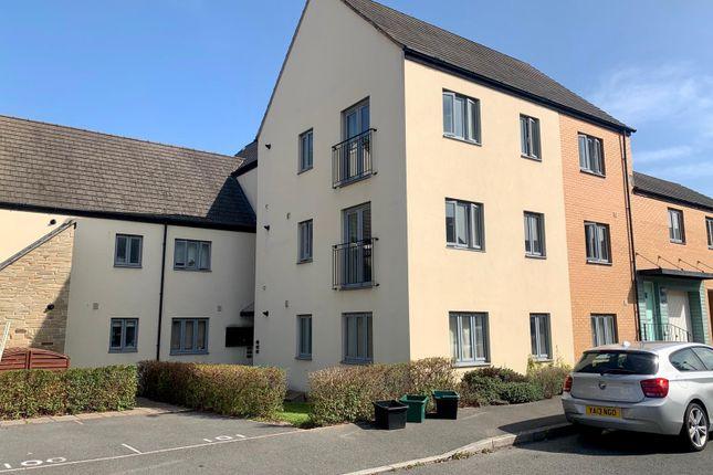 2 bed flat for sale in Orleigh Cross, Newton Abbot, Devon TQ12