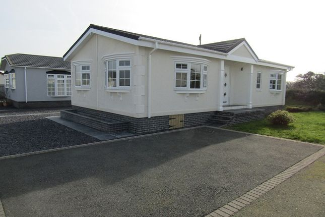 Thumbnail Mobile/park home for sale in Scamford Park, Camrose, Haverfordwest, Pembrokeshire.
