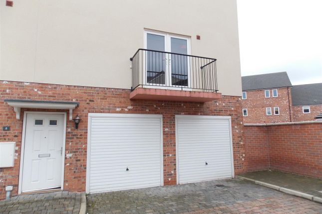 Thumbnail Flat to rent in Holly Mews, Grimsby