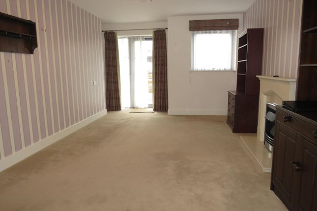 Living Room of Carnarvon Road, Clacton-On-Sea CO15