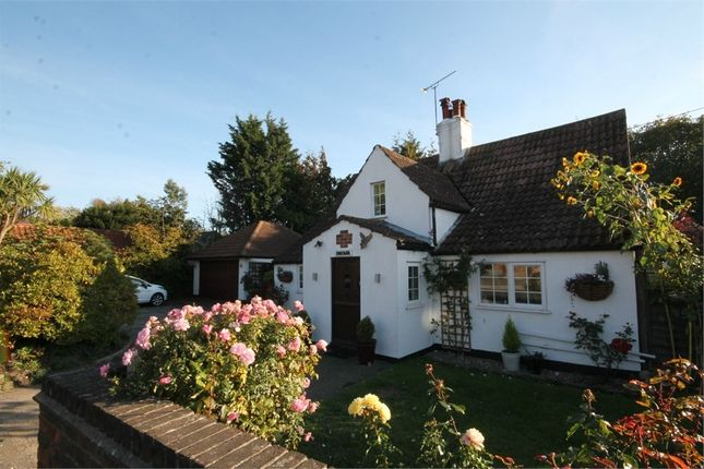 Thumbnail Cottage for sale in Thorpe Road, Kirby Cross, Frinton-On-Sea