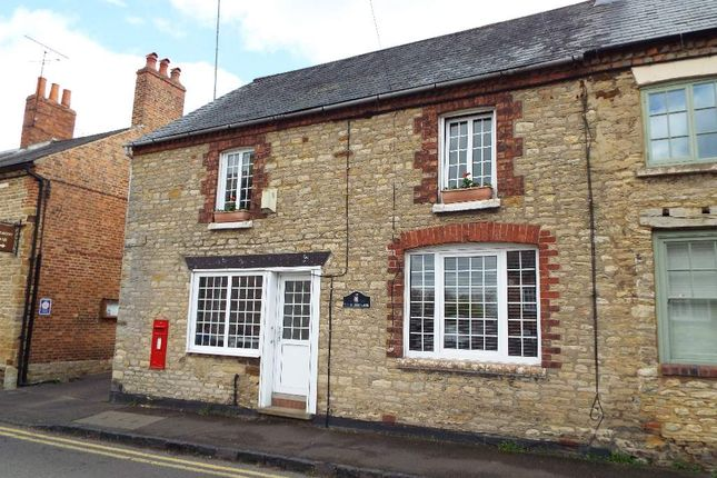 Thumbnail Cottage for sale in High Street, Wollaston, Northamptonshire