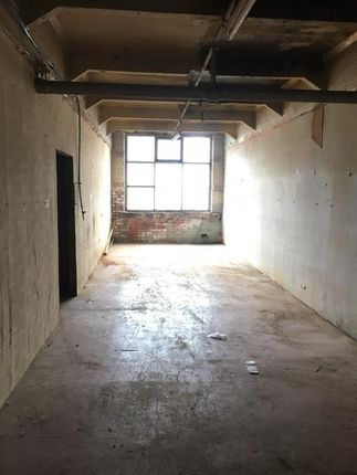 Warehouse to let in Unit 54 Colne Valley Business Park, Linthwaite