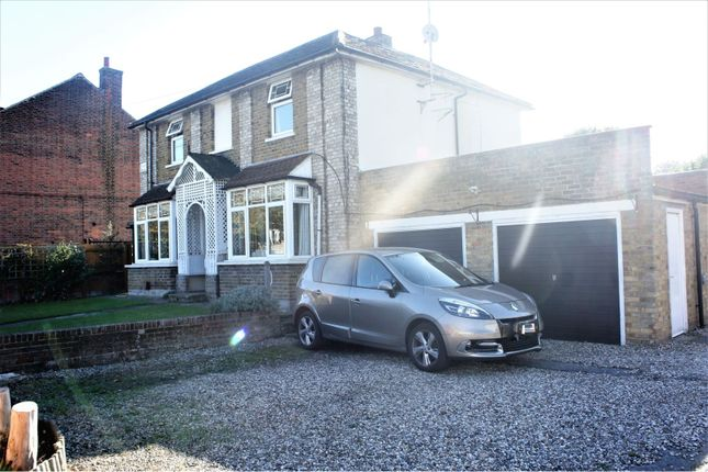 Thumbnail Detached house for sale in Baddow Road, Chelmsford