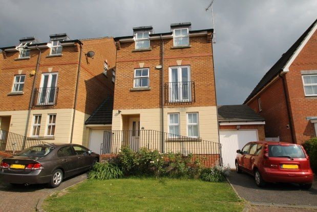 Thumbnail Property to rent in Padstow Close, Orpington