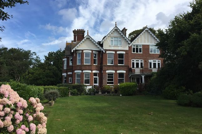 Thumbnail Flat to rent in Belle Vue Road, Poole