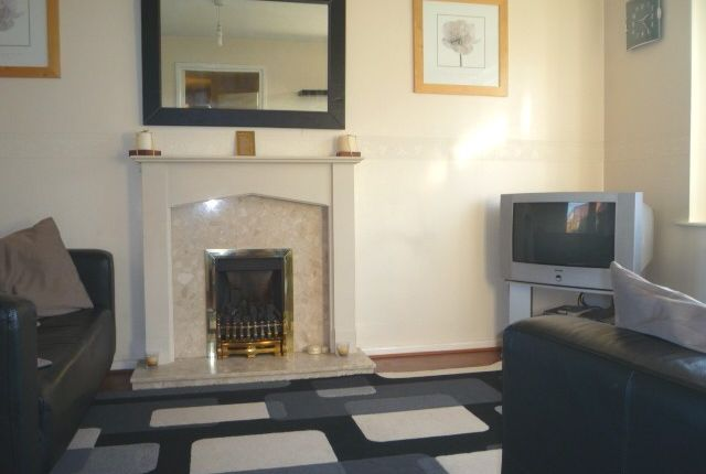 Thumbnail Terraced house to rent in Royce Road, Hulme, Manchester