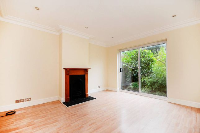 Thumbnail Property to rent in Meretone Close, Brockley
