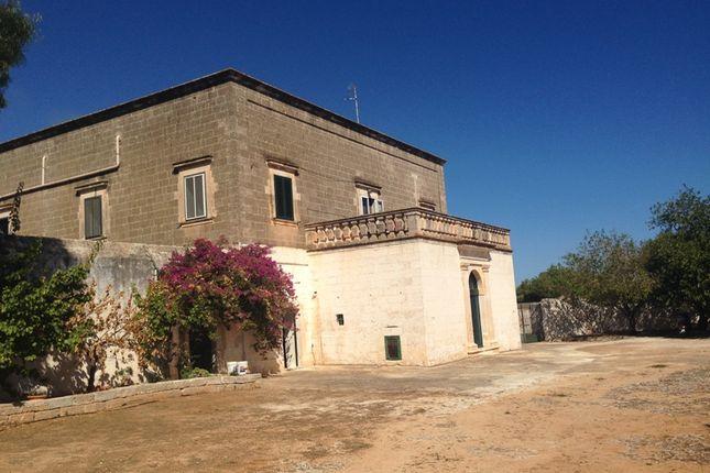 Thumbnail Cottage for sale in Viale Aldo Moro, Ostuni, Ostuni, Brindisi, Puglia, Italy