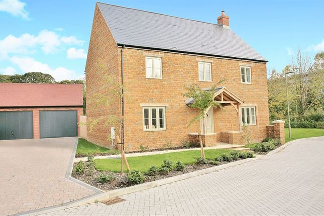 Thumbnail Detached house for sale in Noral Close, Banbury