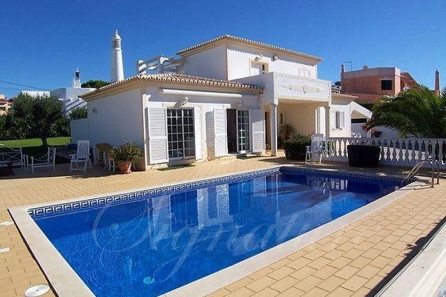 Villa for sale in Carvoeiro, Lagoa, Algarve, Portugal