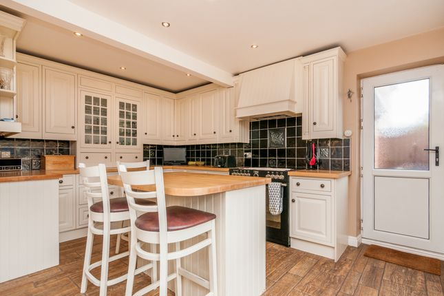 Kitchen of Springwell Lane, Doncaster DN4