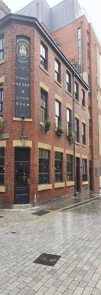 Thumbnail Town house to rent in Blossom Street, Manchester