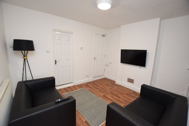 Thumbnail End terrace house to rent in Ipswich Road, Colchester