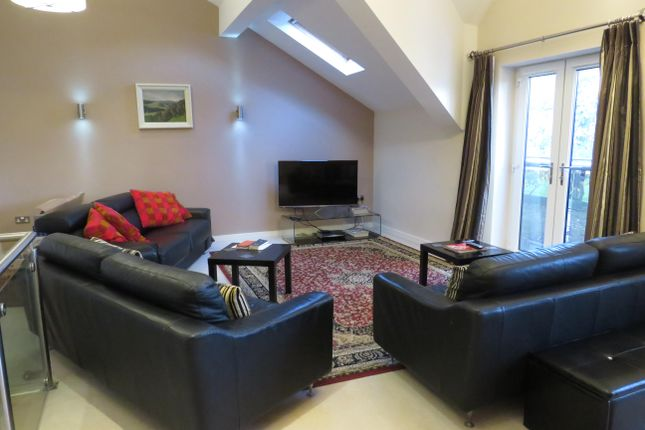 Thumbnail Property to rent in Sophia Walk, Pontcanna, Cardiff