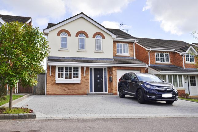 Thumbnail Detached house for sale in Jackdaw Close, Stevenage