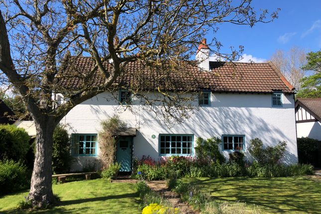 Thumbnail Detached house for sale in Wilbury Road, Letchworth Garden City, Herts