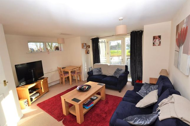 Flat to rent in Sotherby Drive, Cheltenham