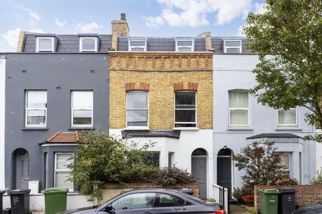 Thumbnail Property to rent in Glendall Street, London