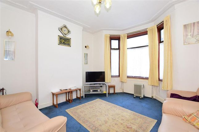 Terraced house for sale in Toronto Road, Ilford, Essex